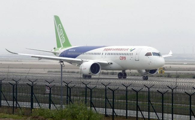Made-in-China passenger plane makes maiden flight