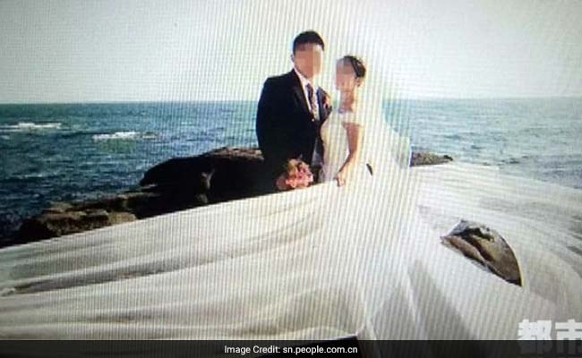 This Chinese Groom Hired Fake Friends To Attend His Wedding
