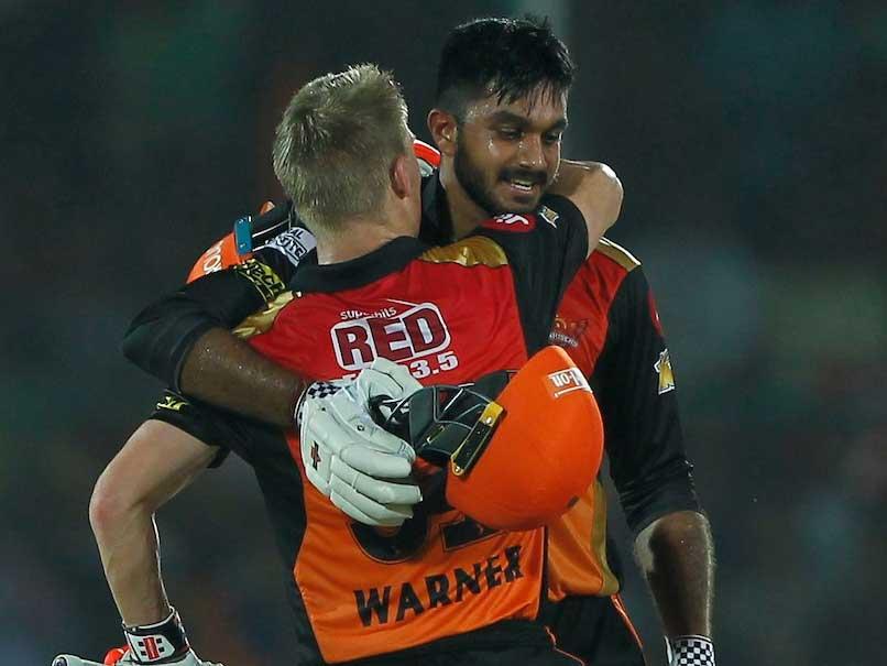 IPL 2017: David Warner, Vijay Shankar Guide Sunrisers Hyderabad Into IPL Play-Offs