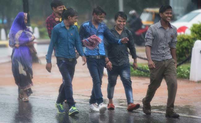 Thundershowers Bring Down Temperature In Delhi