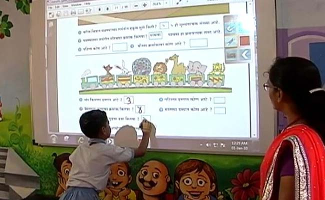 In Maharashtra, Citizens Help 47,000 Primary Schools Go Digital