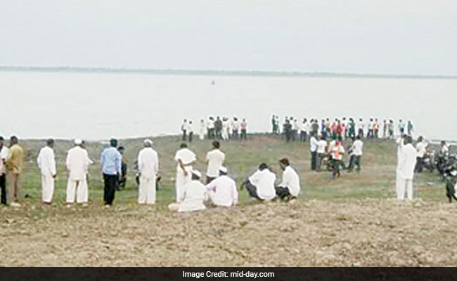 4 Doctors In A Boat Tried Taking Selfies Near Pune, Drowned
