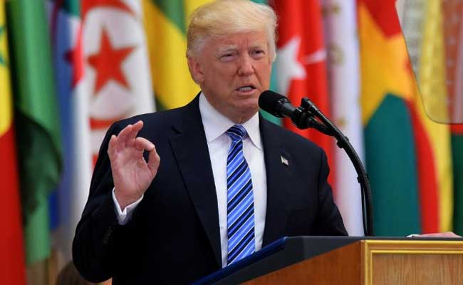 Donald Trump Summons Muslim Nations To Confront 'Islamic Terror Of All Kinds'