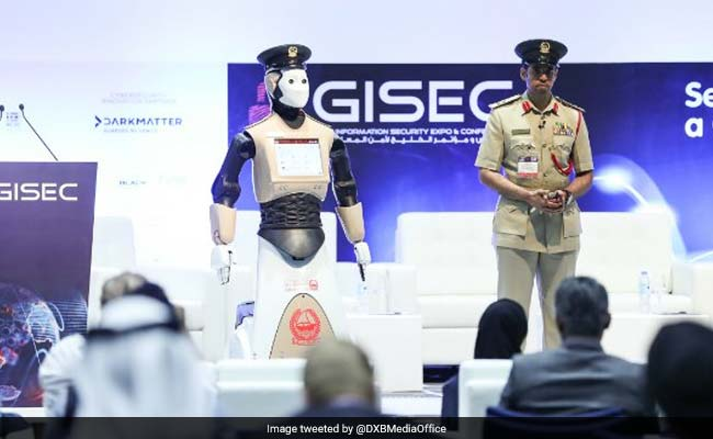 World's First 'Robocop' Now Works For Dubai Police