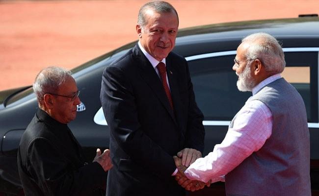 भारत में तुर्की के राष्ट्रपति ने कश्मीर मुद्दे पर दिया विवादित बयान
