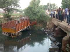 14 Dead, 25 Injured After Mini Truck Overturns In UP's Etah