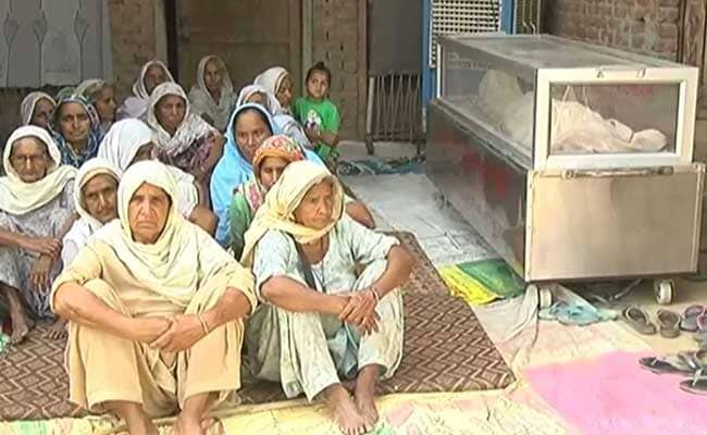 6 Days After Suicide, Punjab Farmer's Family Refuses To Cremate Him