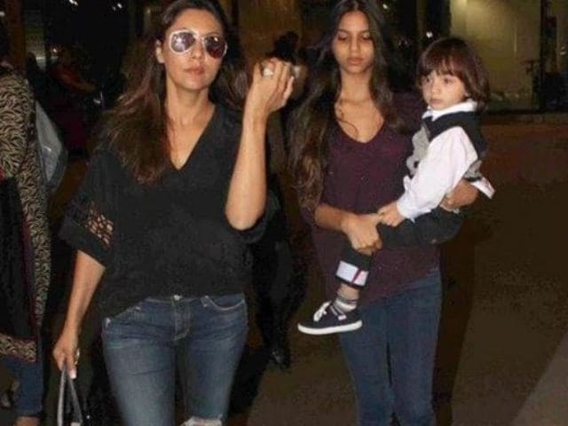 Nothing To See Here. Just A Cute Pic Of Suhana And AbRam Khan