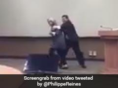 जब हिलेरी क्लिंटन से जबरन गले मिलने लगे डोनाल्ड ट्रंप, वीडियो हुआ वायरल