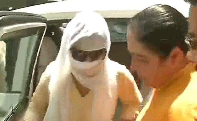 हनी ट्रैप केस में गिरफ्तार महिला ने किए कई खुलासे, पढ़कर हैरान हो जाएंगे आप