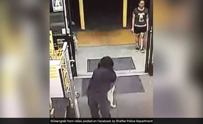 Find Out Why Everyone Is Calling This Robbery Attempt 'Cute'
