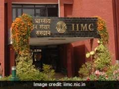 IIMC Gets Letter Of Intent From MHRD On Deemed University Status