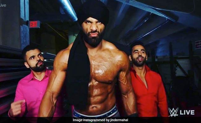 WWE रेसलिंग रिंग में फिर छा गए युवराज सिंह, नए मूव 'खल्लास' के साथ की वापसी... Video