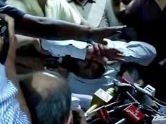 प्रेस कांफ्रेंस में बेहोश हुए कपिल मिश्रा, बेहोशी से पहले अरविंद केजरीवाल पर लगाए ये 11 गंभीर आरोप