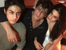Inside Karan Johar's Party: Shah Rukh Khan, Son Aryan Hung Out With Sara Ali Khan. See Pics
