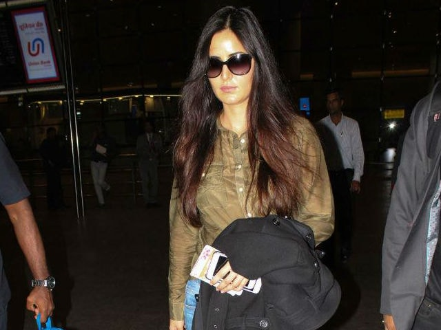 Katrina Kaif Claims She Looks 'Bad' In Paparazzi Pics, Suspects 'Some Locha'