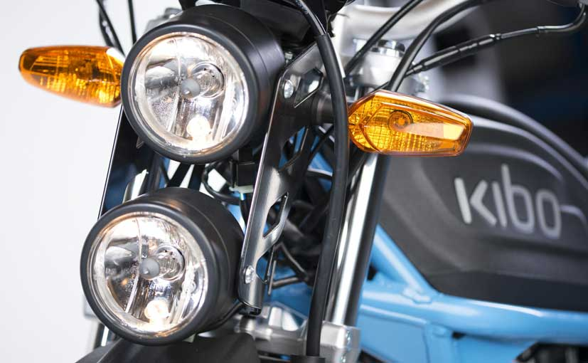 kibo k150 features vertically stacked headlights