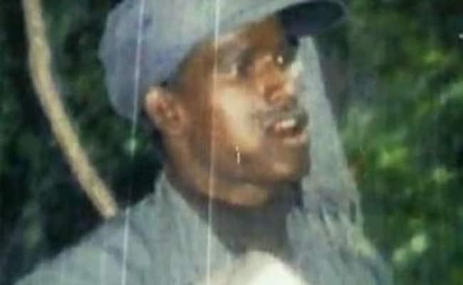 कई पुलिस अधिकारियों की हत्या करने वाले दुर्दांत माओवादी नेता कुंदन पाहन ने किया सरेंडर