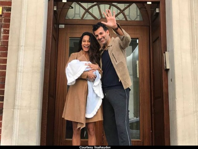 Lisa Haydon Shares First Glimpse Of Her Son Zack Lalvani. See The Adorable Pic Here