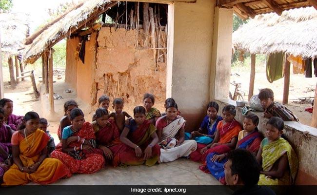 Elderly Kerala Women Join 'Aksharasagaram' Literacy Program, Learn to Read And Write