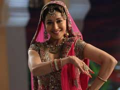 15 Dance Moves of Madhuri Dixit That Are Out Of This World