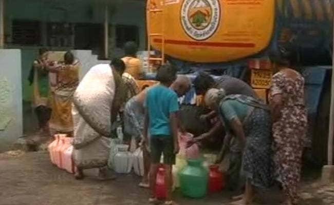 நீர் இருப்பு குறைந்தது : சென்னைக்கு குடீநீர் தட்டுப்பாடு ஏற்படும் அபாயம்