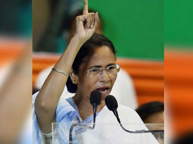 Mamata Banerjee Says 'It's An Alarming Situation' After Kajol Was Trolled For Beef Video