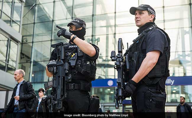 Police Arrest 19-Year-Old Over Manchester Attack