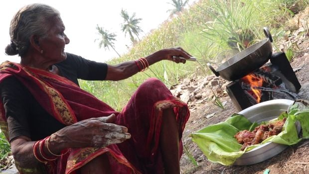 mastanamma cooking chicken