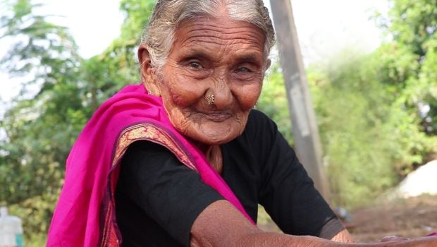 106-Year Old Mastanamma: The Oldest YouTuber in India!