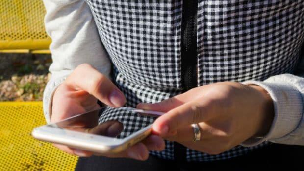 यात्रियों की सुविधा के लिए रेलवे लाया नया मोबाइल ऐप, टिकट बुकिंग के अलावा भी आएगा बड़े काम