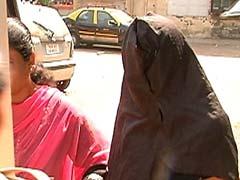 व्यवसायियों को बलात्कार के आरोपों में फंसाने वाले गिरोह का भंडाफोड़, 3 महिला गिरफ्तार
