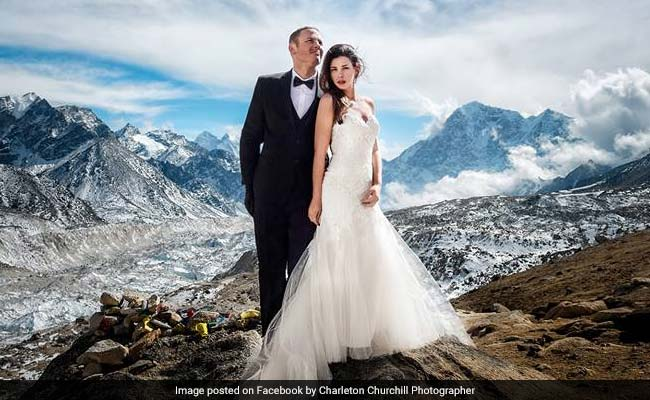 Couple Ties The Knot On Mount Everest. Photos Are Out Of This World