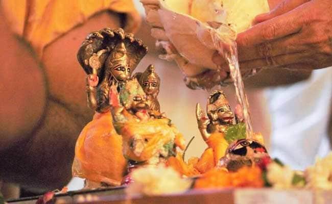 Apara Ekadashi 2017: इस एक व्रत से मिलती है सभी पापों से मुक्ति