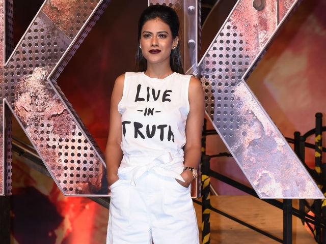 दीपिका पादुकोण को हराकर ये टीवी एक्ट्रेस बनीं Sexiest Woman, तस्वीरों में देखें ग्लैमर