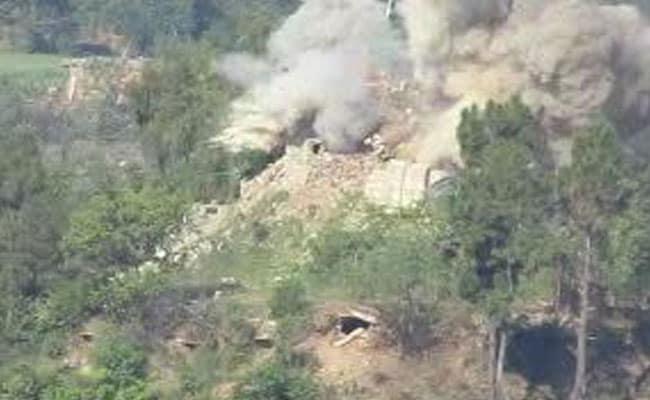 वाइरल वीडियो : भारतीय सेना की कार्रवाई में पाकिस्तान का बंकर तबाह