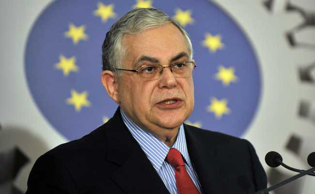 Former Greek Prime Minister Lucas Papademos wounded in bomb attack