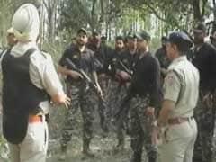 लावारिस बैग में सेना की वर्दी मिलने के बाद पठानकोट में सेना और पुलिस ने चलाया तलाशी अभियान