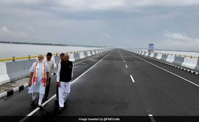मोदी सरकार के तीन साल : पीएम नरेंद्र मोदी ने भूपेन हज़ारिका के नाम किया देश का सबसे लंबा पुल
