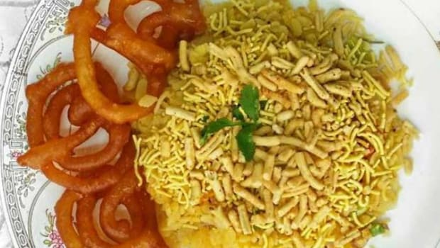 poha and jalebi