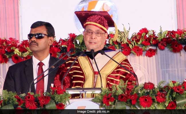 President At LPU Convocation: 'There Should Be Reverse-Direction Migration Of Students Too'