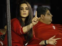KXIP Team Prank On Preity Zinta Has Players In Splits