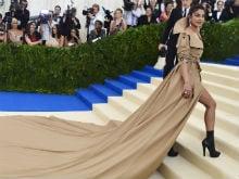 Things Priyanka Chopra Can Use Her Met Gala Dress For, According To Twitter