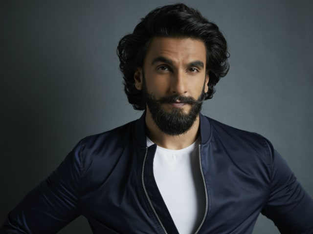 What Happens When Ranveer Singh Transforms Into His Padmavati Character On Set