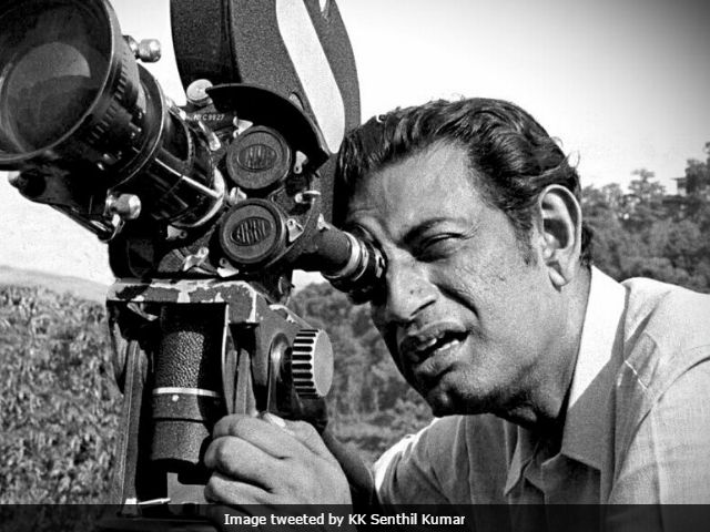On Satyajit Ray's Birth Anniversary, 7 Things You Didn't Know About The Apu Trilogy