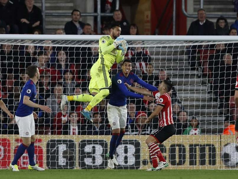 Romero Shines As Manchester United Hold Southampton In Lifeless Draw