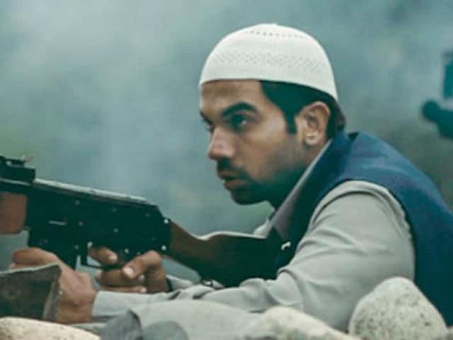 Kangana Ranaut's Simran Writer Apurva Asrani Is 'Bad News,' Claims Rival Writer