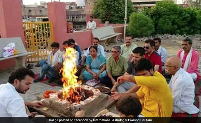 Man Who Predicted Trump's Victory, Conducts Special Yagna In Agra To 'Prevent World War 3'