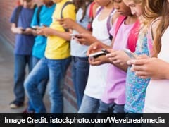 Here's How Social Media Experiences Of Teens Affect Their Real Lives