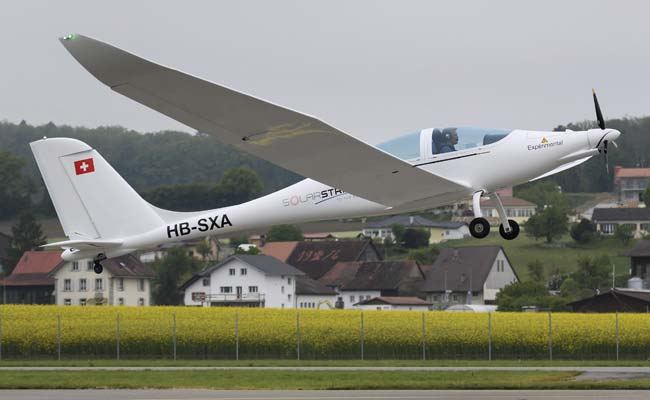First Test Flight Of Stratospheric Solar Plane Takes Place In Switzerland